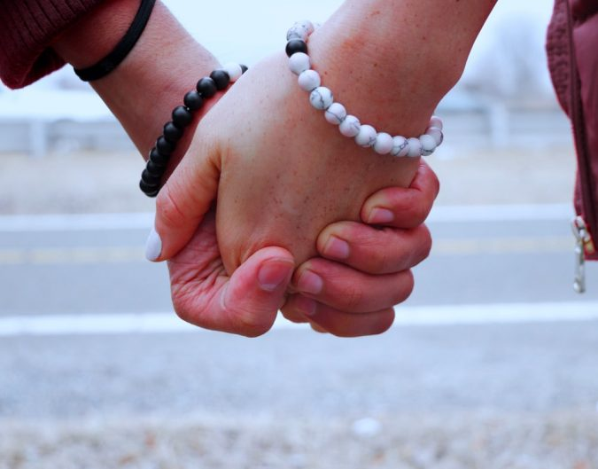 18 Best Healing Bracelets for Couples for Constant Connection