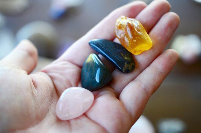 8 Essential Crystals for Fertility